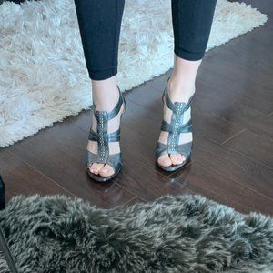 Micheal Kors beaded grey heels